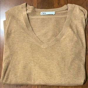 Zara V-neck lightweight tunic sweater.